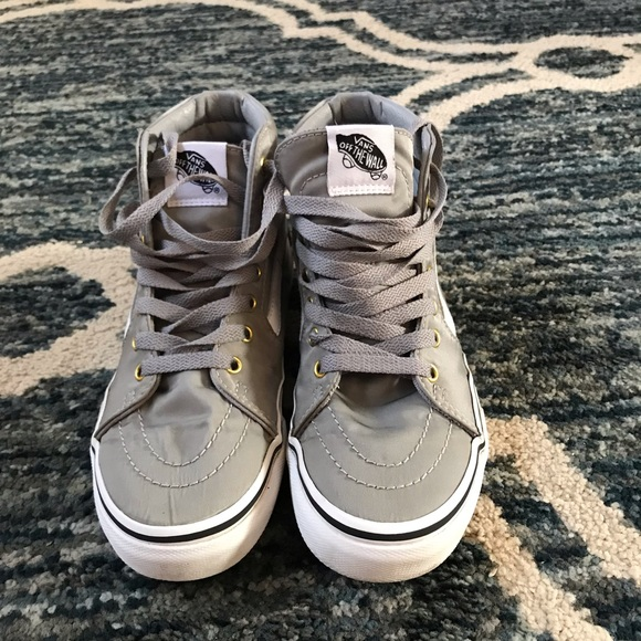 75b4021b7994c4 Women s Vans Sk8 Hi Top Shoes Sz 5 Youth 3.5. M 5c36e024035cf17ae0abc379